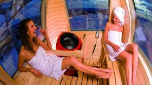 In Finland there is the first Sauna- nacelle. From outside you cannot peep in. Photo: Doppelmayr Seilbahnen GmbH