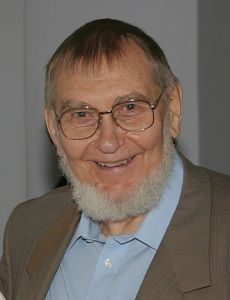 Veljo Tormis in 2004.