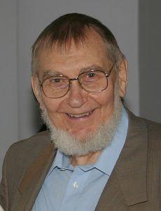 Veljo Tormis in 2004.